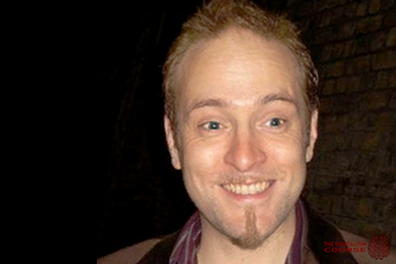 Does Derren Brown have a degree? (Did he graduate from university?)